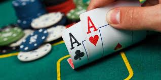 Manfaat Bermain Judi Poker Online Resmi di Indonesia